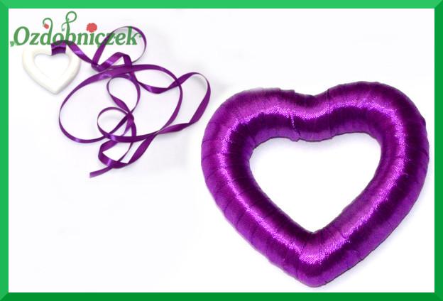 serce z pomponów