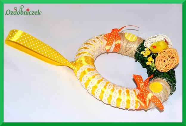 Wianek wielkanocny żółto-pomarańczowy