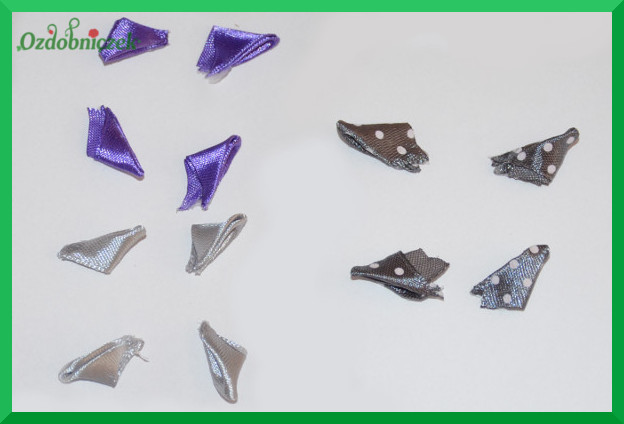tasiemkowe trójkąty