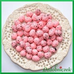 Jajeczka nakrapiane różowe 2 cm 100 szt