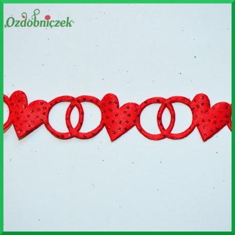 Brokatowo-czerwone serca z obrączkami