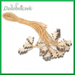 Zawieszka drewniana na sznurku jutowym – mini choinki 16 szt