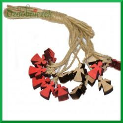 Zawieszka drewniana na sznurku jutowym – mini aniołki 16 szt