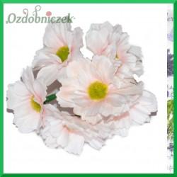 DUŻE jasny róż kwiatki materiałowe na druciku 5cm/6szt.