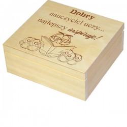 Herbaciarka zestaw prezentowy ze słodkościami dla Nauczyciela personalizowana szkatułka kuferek - zestaw 3, wzór 1