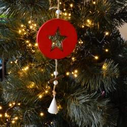Zawieszka drewniana BOMBKA czerwona z gwiazdką 9cm